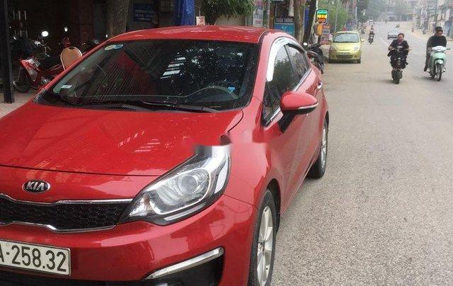 Cần bán Kia Rio đời 2015, màu đỏ, nhập khẩu chính chủ0