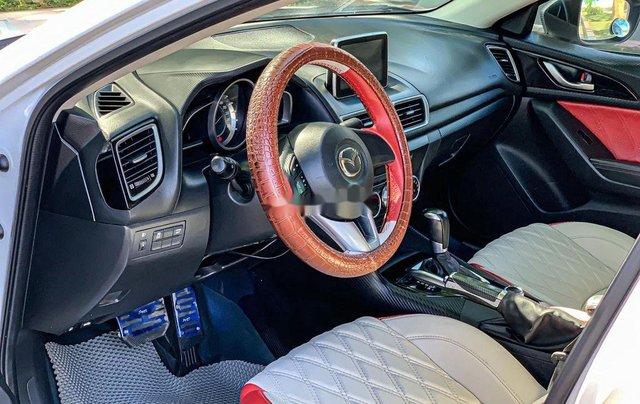 Cần bán Mazda 3 năm sản xuất 2015, màu trắng4