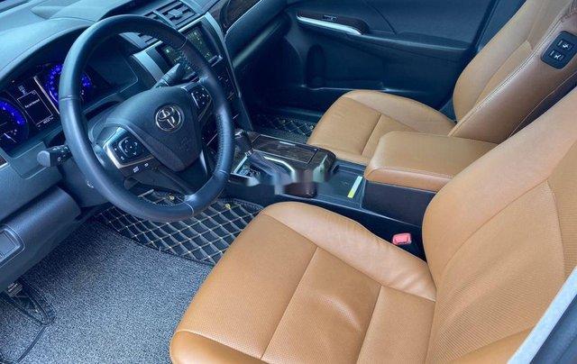 Bán ô tô Toyota Camry năm 2018, màu đen8