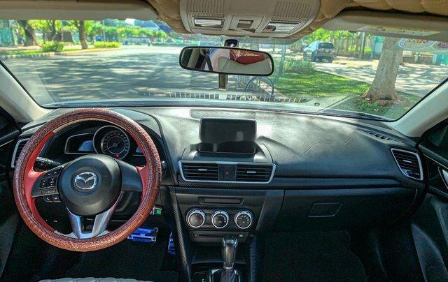 Cần bán Mazda 3 năm sản xuất 2015, màu trắng5