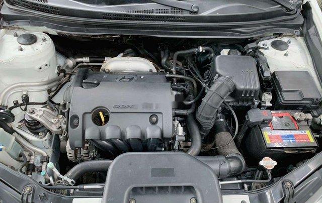 Xe Hyundai Avante sản xuất 2015 còn mới7