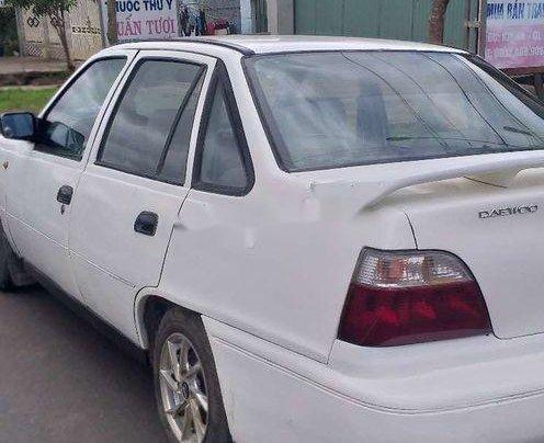 Cần bán xe Daewoo Cielo sản xuất 1996, màu trắng, nhập khẩu4