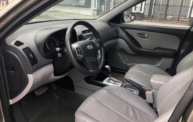 Cần bán Hyundai Avante 1.6 AT sản xuất năm 2012, xe đẹp, biển TP8