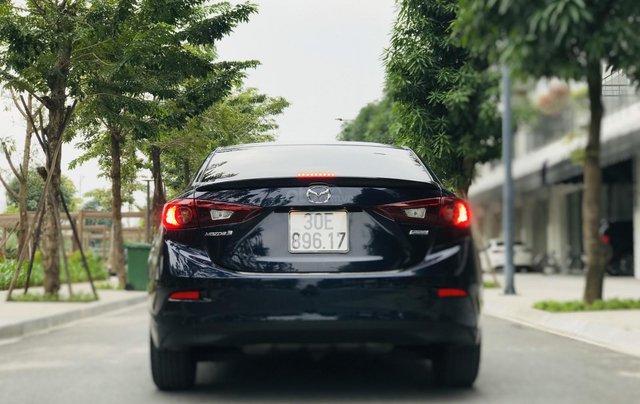Bán nhanh Mazda 3 Facelift đời 2017 màu xanh tím than, xe siêu đẹp biển HN4