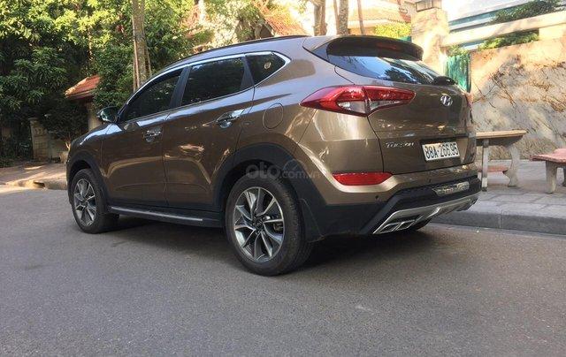 Bán Hyundai Tucson 2.0 AT form mới đời 2019 máy xăng, gốc tỉnh mới đi 18.000 km4