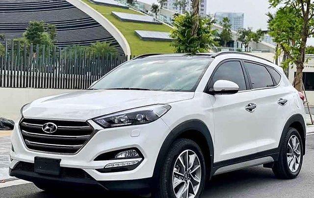 Cần bán xe Hyundai Tucson đời 2019, màu trắng, giá chỉ 835 triệu0