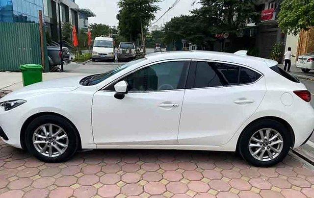 Bán xe Mazda 3 đời 2015, màu trắng chính chủ1