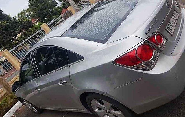 Bán ô tô Chevrolet Cruze đời 2011, màu bạc còn mới0