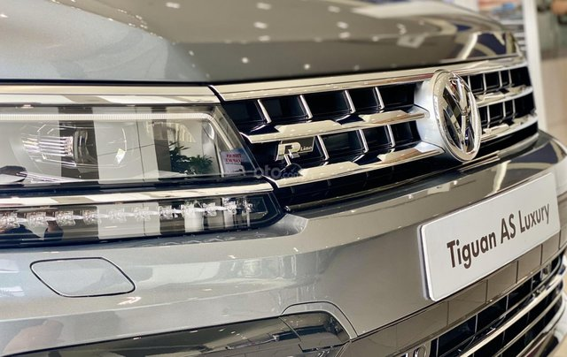 Tiguan Luxury bản Rline màu xám - diện mạo mới - khuyến mãi giá tốt - ngân hàng hỗ trợ 80%3