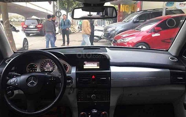 Cần bán gấp Mercedes GLK 300 sản xuất 2009, màu bạc chính chủ3