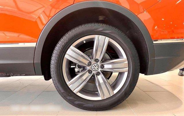 Xe Volkswagen Tiguan Luxury cam nổi bật đẹp mắt - khuyến mãi 120 triệu đồng + quà tặng phụ kiện chính hãng6