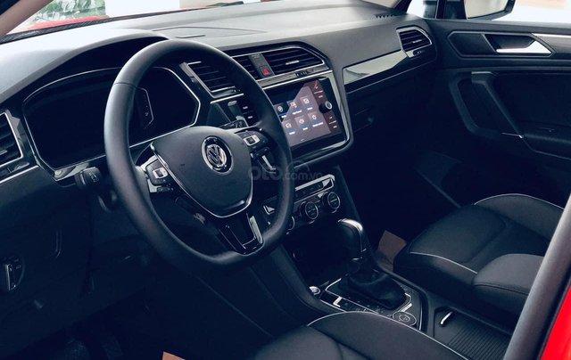 Xe Volkswagen Tiguan Luxury cam nổi bật đẹp mắt - khuyến mãi 120 triệu đồng + quà tặng phụ kiện chính hãng9