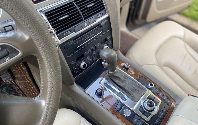 Bán Audi Q7 3.0 Quattro, đăng ký lần đầu 2/2011, xe mới đi 94931 km, xe còn rất đẹp biển số tiến sảnh. Giá 990triệu5