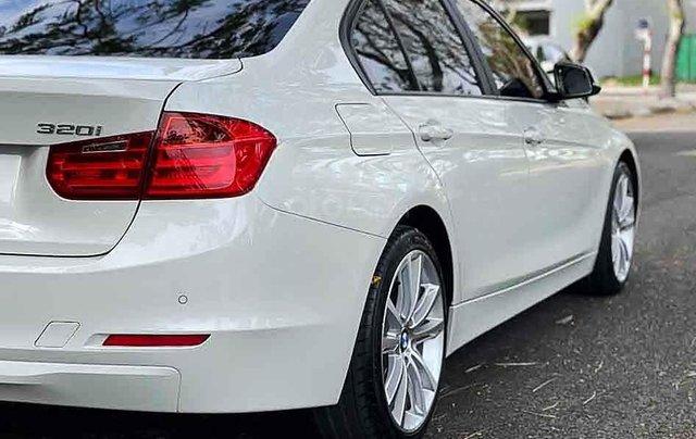 Bán BMW 3 Series 320i sản xuất 2013, màu trắng, xe nhập, giá 770tr5
