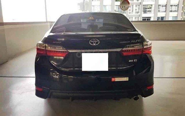 Bán Toyota Corolla Altis đời 2018, màu đen4