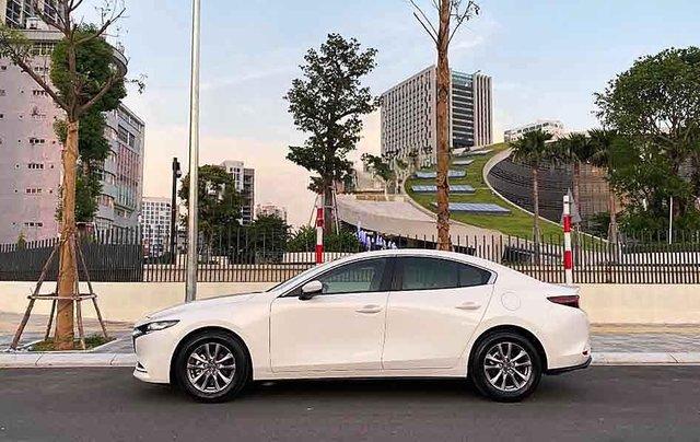 Bán ô tô Mazda 3 1.5Luxury sản xuất 2020, màu trắng  3
