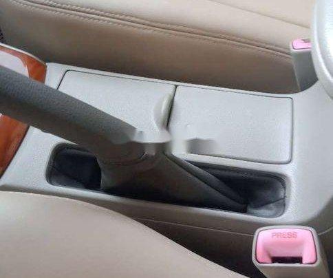 Cần bán xe Toyota Corolla Altis sản xuất năm 2009 còn mới, 368 triệu4