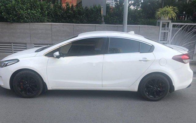 Xe Kia Cerato sản xuất 2017, màu trắng, nhập khẩu, 415 triệu0