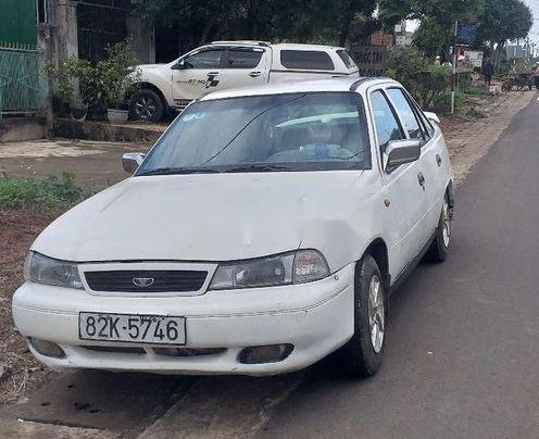 Cần bán xe Daewoo Cielo sản xuất 1996, màu trắng, nhập khẩu0