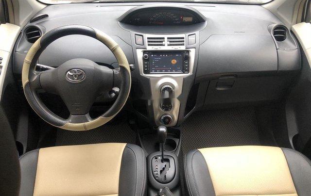 Xe Toyota Yaris sản xuất 2007, màu bạc, xe nhập6