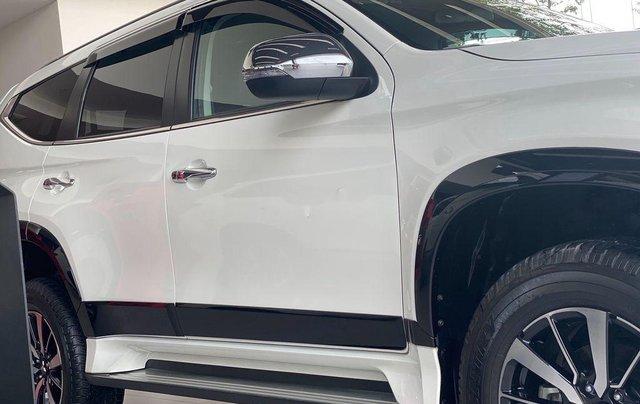 Bán Mitsubishi Pajero Sport 2019, màu trắng, nhập khẩu nguyên chiếc5