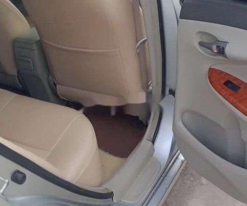 Cần bán xe Toyota Corolla Altis sản xuất năm 2009 còn mới, 368 triệu6