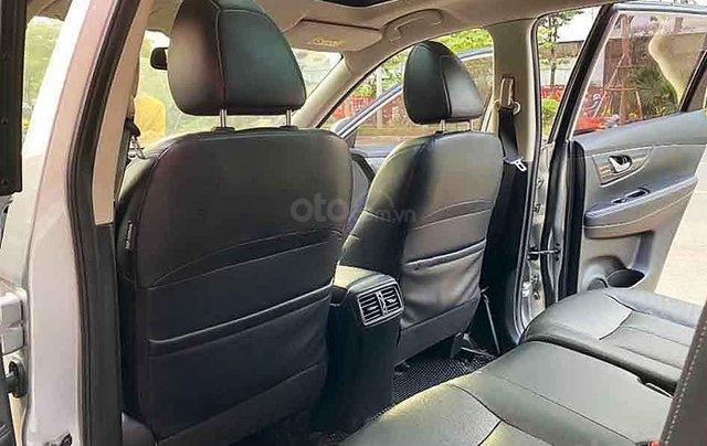 Bán ô tô Nissan X trail sản xuất 2017, màu bạc3
