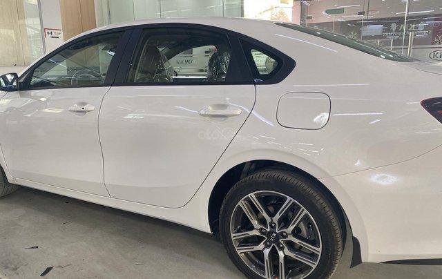 Bán xe Kia Cerato Luxury - chỉ từ 120 triệu lấy xe ngay1