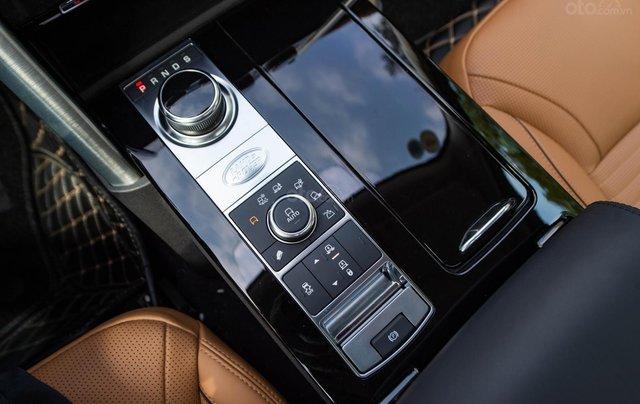 Bán LandRover Discovery HSE Luxury 3.0l sản xuất 2019, màu đen, xe cũ7