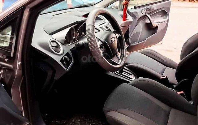 Cần bán Ford Fiesta sản xuất năm 2013, màu xám còn mới, 310tr2