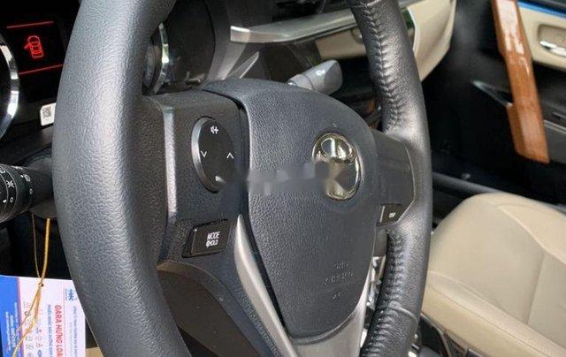 Cần bán lại xe Toyota Corolla Altis 1.8G AT sản xuất 2016 còn mới2