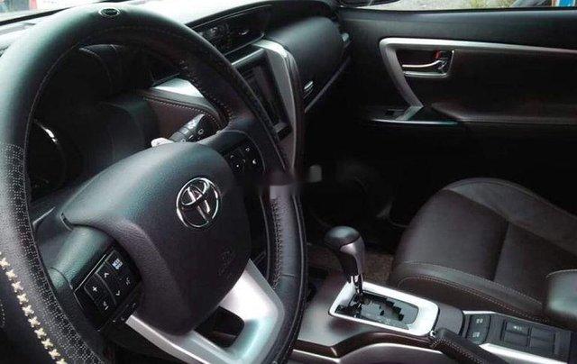 Cần bán xe Toyota Fortuner năm 2020 còn mới5
