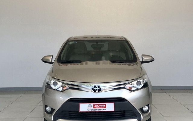 Bán Toyota Vios năm 2017 còn mới0