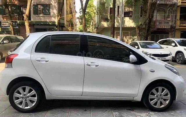 Bán Toyota Yaris sản xuất 2010, màu trắng, nhập khẩu còn mới0