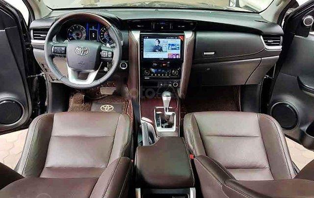 Bán xe Toyota Fortuner năm 2019, màu đen, nhập khẩu nguyên chiếc3