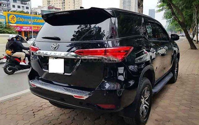 Bán xe Toyota Fortuner năm 2019, màu đen, nhập khẩu nguyên chiếc4
