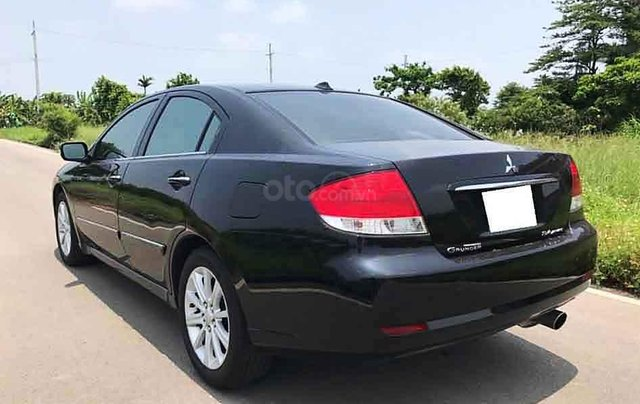Cần bán gấp Mitsubishi Grunder sản xuất 2008, màu đen giá cạnh tranh3