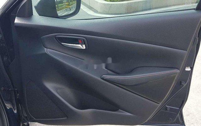 Cần bán xe Mazda 2 sản xuất năm 2016 còn mới8