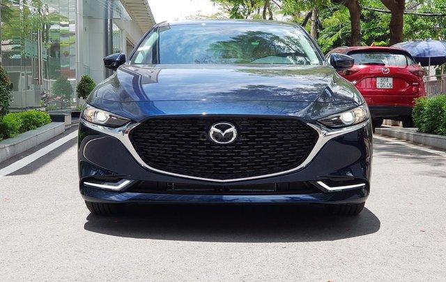 New Mazda 3 km tới 70tr, trả trước 162tr, vay 85%, cuối năm tiết kiệm thêm 40 triệu đồng3