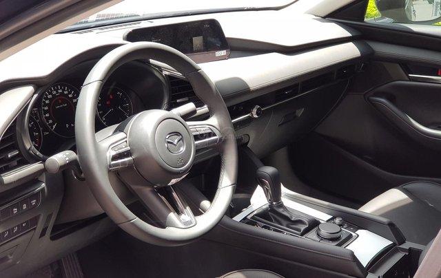 New Mazda 3 km tới 70tr, trả trước 162tr, vay 85%, cuối năm tiết kiệm thêm 40 triệu đồng9