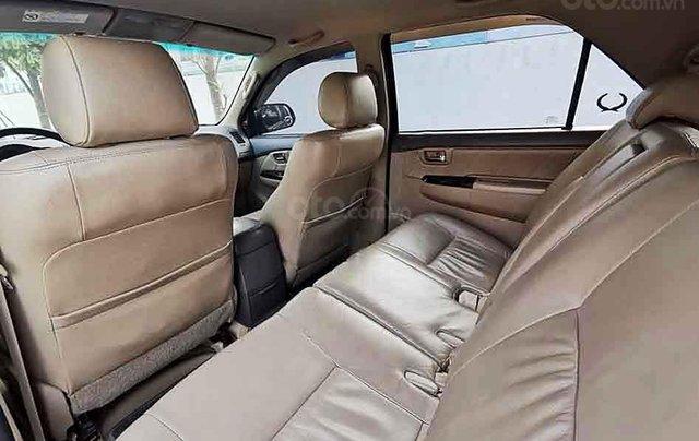 Cần bán xe Toyota Fortuner sản xuất 2013, màu đen, giá ưu đãi1