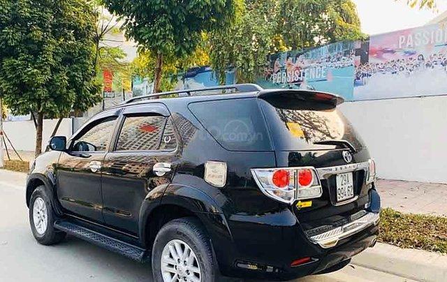 Cần bán xe Toyota Fortuner sản xuất 2013, màu đen, giá ưu đãi3