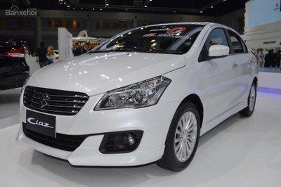 Suzuki Ciaz tặng bộ phụ kiện đầy đủ theo xe trị giá trên 20tr0