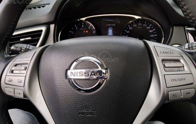 Bán chiếc Nissan X trail 2.5 AWD 20169