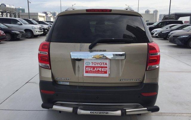 Cần bán xe Chevrolet Captiva 2.4AT 2016 màu vàng cát xe gia đình HCM 36.000km - xe cũ chính hãng Toyota Sure5