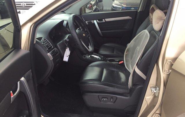 Cần bán xe Chevrolet Captiva 2.4AT 2016 màu vàng cát xe gia đình HCM 36.000km - xe cũ chính hãng Toyota Sure6