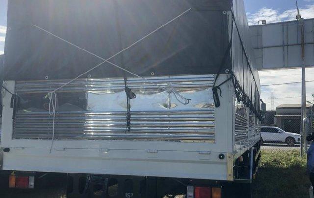 Isuzu 7T5 thùng bạt 9m5 mở 9 bửng, giao ngay, giá tốt nhất, hỗ trợ trả góp9