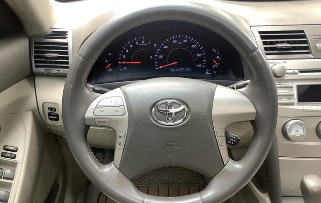 Chính chủ bán Toyota Camry LE 2.5, sản xuất 2010 xe rất mới6