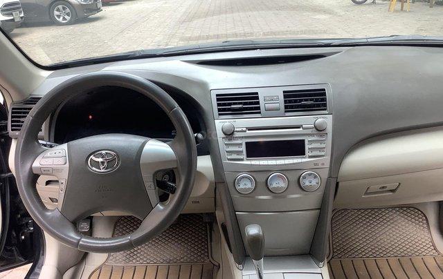 Chính chủ bán Toyota Camry LE 2.5, sản xuất 2010 xe rất mới4