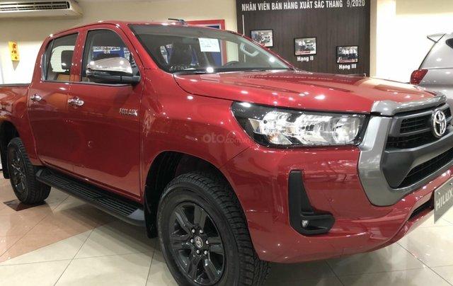 Toyota Hilux 2.4 AT 4X2, bán tải 1 cầu - giao ngay - đủ màu2
